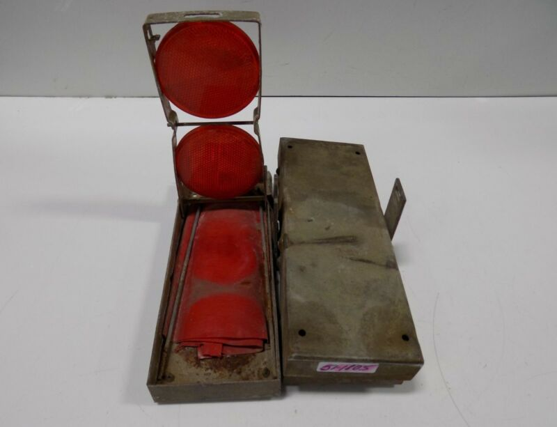 ROADSIDE EMERGENCY SAFETY RED REFLECTOR SET TIGER EY HEXFLEX