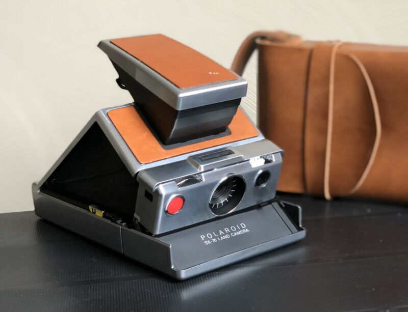 [MINT w/ Case] Polaroid SX-70 Instant Vintage Land Camera