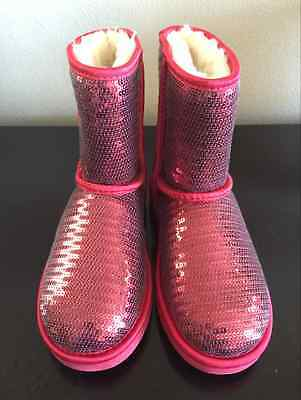 NEW UGG AUSTRALIA CLASSIC RED SPARKLE SEQUIN BOOTS SHOES GIRLS YOUTH SIZE 3 (Red Sequin Shoes Girls)