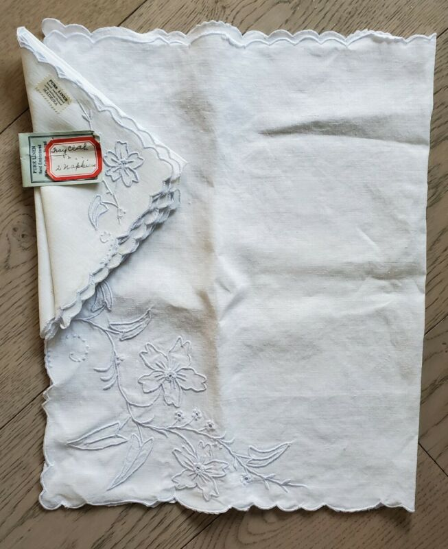 Vintage White Linen Tray Cloth Topper & 2 Napkins; Madeira Embroidery; NOS