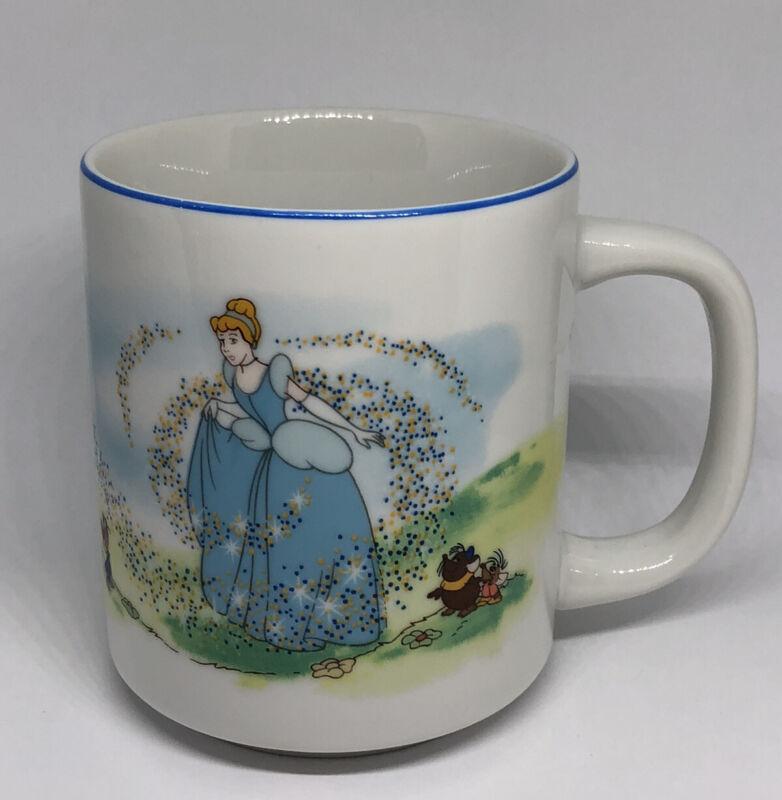 Vintage Cinderella Walt Disney Parks Mug Disneyland Princess Coffee Cup Mug EUC