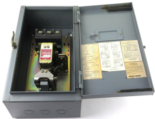 Square D 8903 MG-11 Enclosure with Lighting Contactor 8903 MO-11 277/480AC 250DC