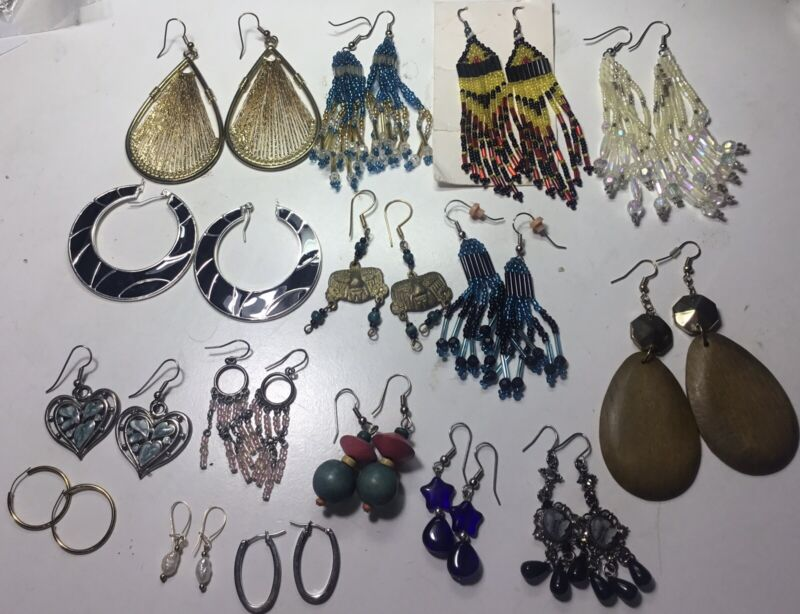 VINTAGE COSTUME 16 SETS OF DANGLE EARRINGS NEW MOSTLY BY AVON VERY ATTRACTIVE