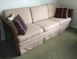 7' Vintage couch