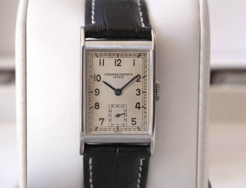 ULTRA RARE VACHERON CONSTANTIN IN STAINLESS STEEL FROM 1936—ALL ORIGINAL—CAL.435 - watch picture 1