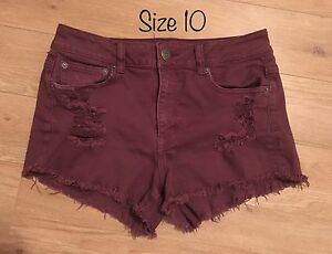 AE burgundy denim shorts size 10