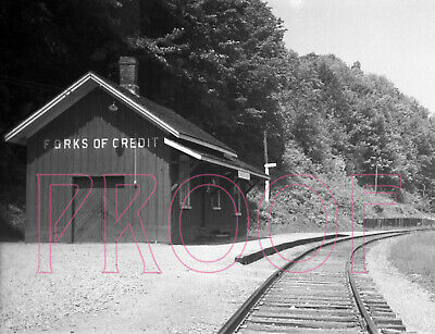 Canadian Pacific Railways (CP) Forks of Credit Station - 8x10 Photo