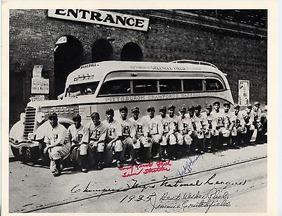 1935  8X10  Pittsburgh Crawfords  Signed By Streeter  Johnson   Crutchfield