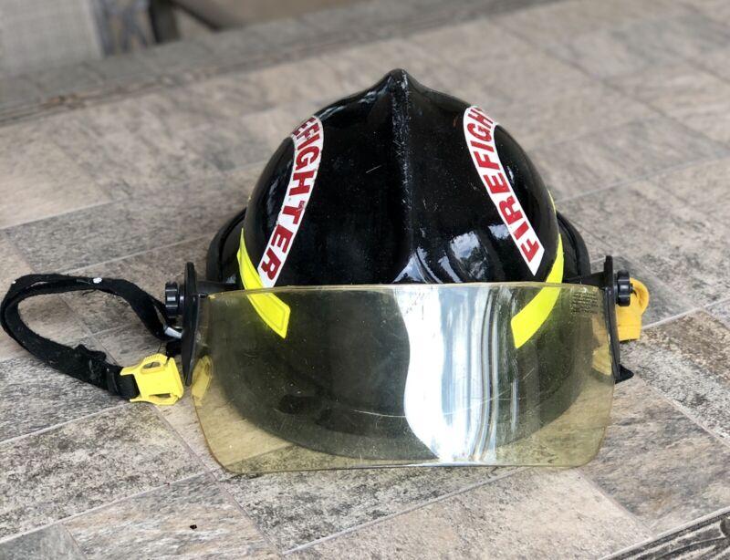 Cairns Helmet Metro 660C Firefighter Black Helmet w/ Shield 2003