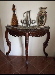 Gorgeous ornate Table Canning Vale Canning Area Preview