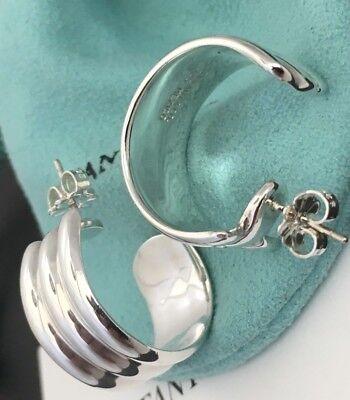 Tiffany & Co. Sterling Silver Atlas Ribbed Pierced Hoop Earrings in Pouch & Box