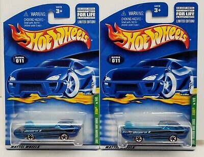 Lot of 2 2001 Hot Wheels Treasure Hunt Deora Surfboards Real Riders Super MONMC