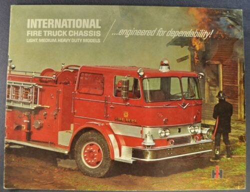 1965-1966 International Fire Truck Catalog Travelall Loadstar Excellent Original
