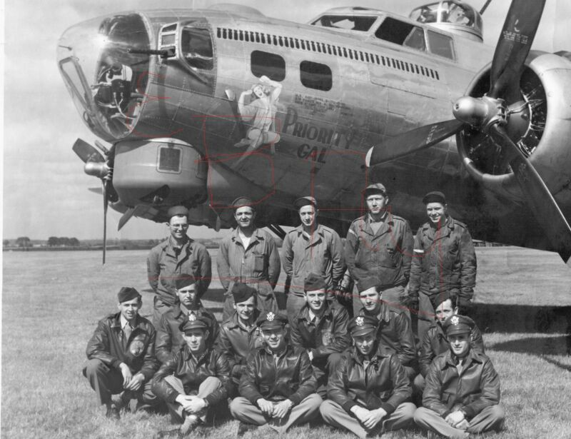 WWII LARGE PHOTO 11X14 OF B-17 BOMBER AND CREW 91ST BOMBER GROUP ID'D LOOK