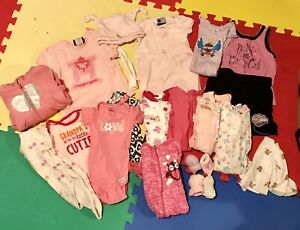 Girls: 0-3 months (22 items)