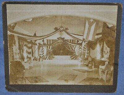 Large Photo of Decorated Christmas Hall - 6th U.S. Cavalry in Cuba ()