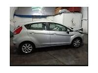 FORD FIESTA ZETEC DIESEL 2009, BREAKING MOST OF THE PARTS ARE AVALABLE