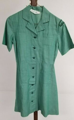 Vintage GIRL SCOUTS Official Uniform Dress Green Short Sleeve Pockets Patch