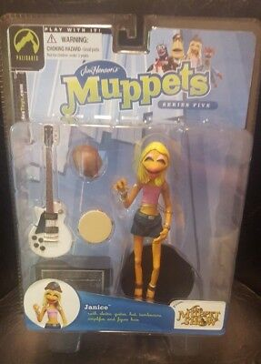 Muppets Series 5 Janice Pink Shirt & White Guitar Variant Figure Palisades 2003