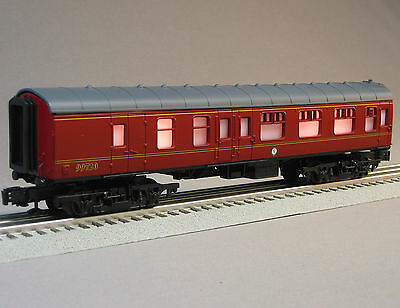 LIONEL HARRY POTTER HOGWARTS COMBO train coach car 6-11020 passenger 99720 on Rummage