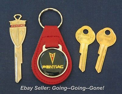 Red Cadillac Crest B44E Deluxe Classic White Gold Key Set 1969 1973 1977 1981