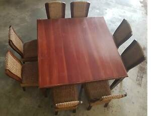 Dining Table & chairs (please call not message) Maddington Gosnells Area Preview