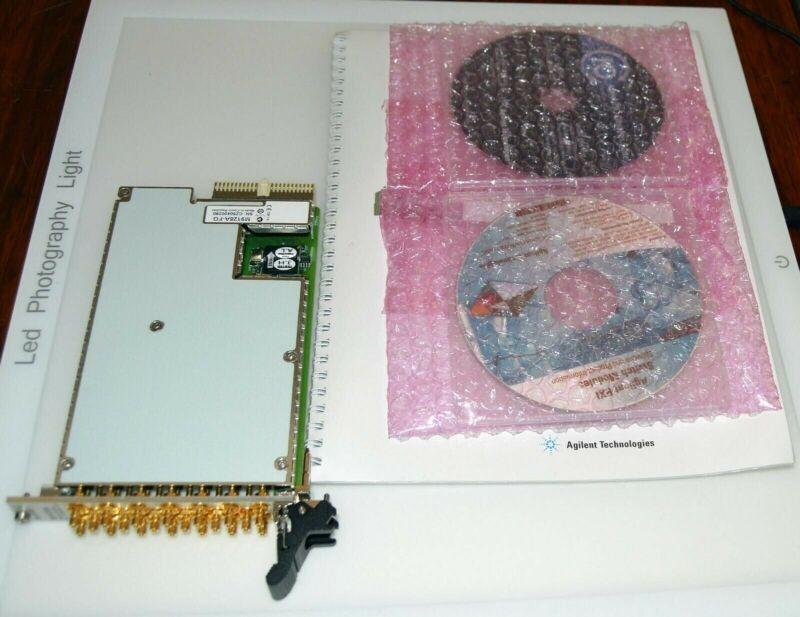 HP Agilent M9128A PXI RF Matrix Switch: 300 MHz, 8 x 12, 50 Ω