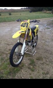2010 RMZ 250 | Ready for the season | Fuel Injected | 40 Hours