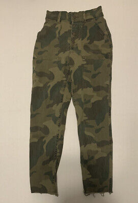 Ultra High-Rise Camouflage Joggers/Pants (Hollister). XS.