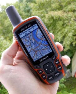 GARMIN 62S HandHeld GPS with RAM Mount, TOPO Canada and SD card