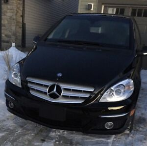 Mercedes b200, extra tires lady driven!