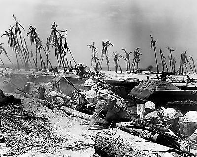 WWII PHOTO US MARINES INVASION BATTLE OF TARAWA PACIFIC WAR 1943 8x10 #21879