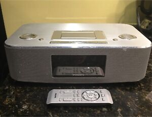 Phillips Clock Radio with mp3 and iPod dock