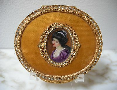 VINTAGE ITALIAN Yellow #2 GUILLOCHE ENAMEL Hand Painted Lady JEWELED COMPACT