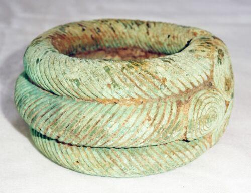 600BC Thai Lop Buri Bronze Triple Bracelet w. Circular Accents (Mil)