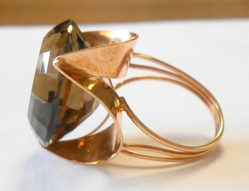Modernist Large 18 mm Smoky Quartz 585 14K Yellow Gold Cocktail Ring Size 7.5