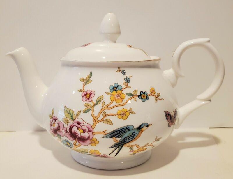 Dutchess Fine Bone China Teapot Made in England EUC