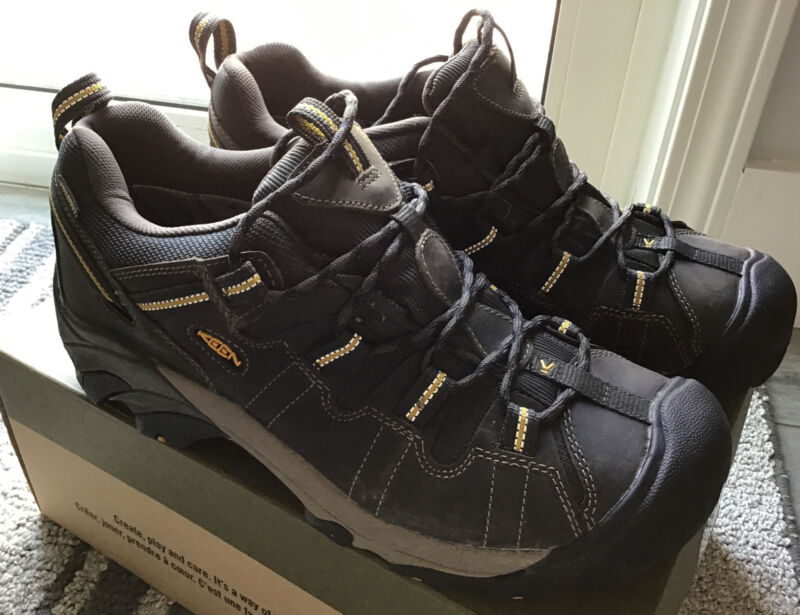 NWB Men's Keen Targhee ll WP Raven/Tawny Olive Waterproof low hiking shoes 11