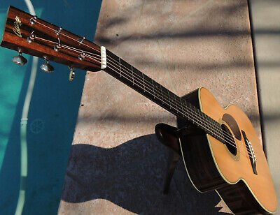 Collings OM2H Traditional Guitar & Case