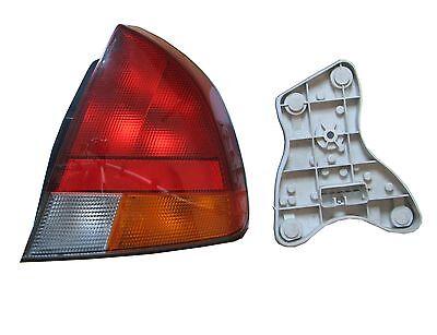 Original Heckleuchte rechts Mitsubishi Carisma DA0 Bj. 1999