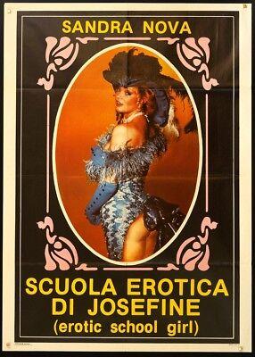 School Girl Erotic (EROTIC SCHOOL GIRL Eier am Stiel SONJA SIMERS - SANDRA NOVA, EROTICO)