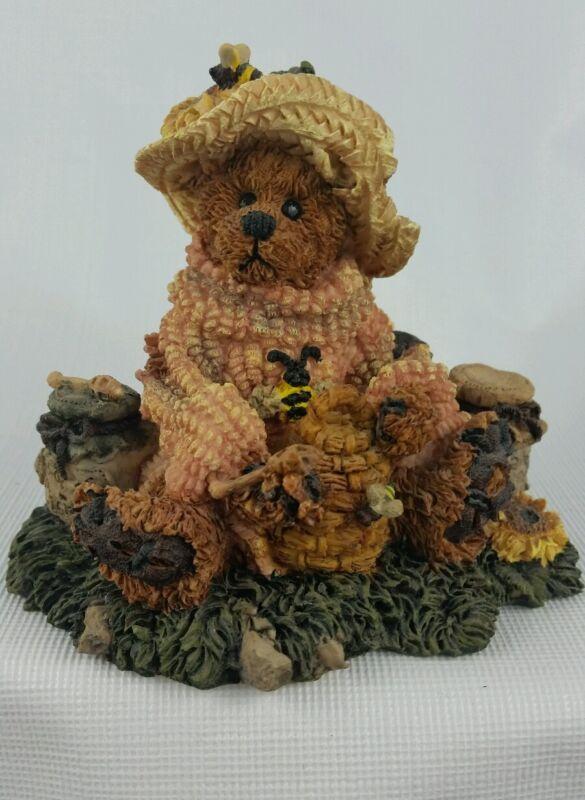 Boyds Bears Bailey Honey Bear NIB #2260 Figurine Collectible Vintage