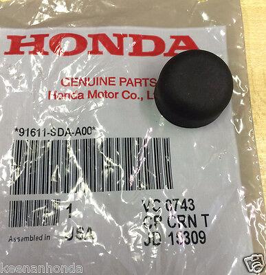 - Genuine OEM Honda Wiper Arm Rubber Mounting Nut Cap / Cover 91611-SDA-A00