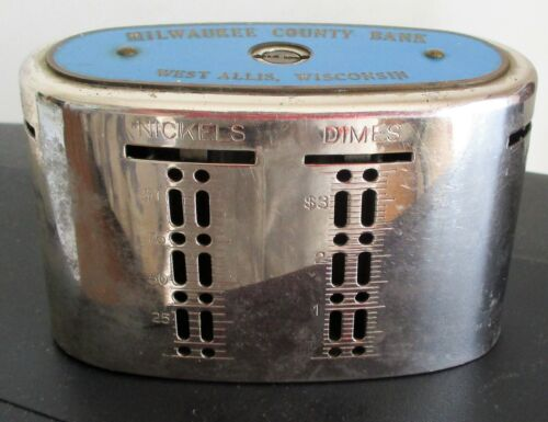 VINTAGE MILWAUKEE COUNTY BANK METAL COIN & CURRENCY BANK. (NO KEY).