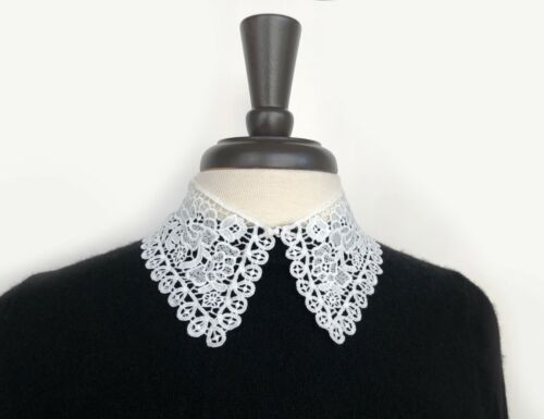 CAOS-inspired flowers and looped scallop edge bobbin lace collar