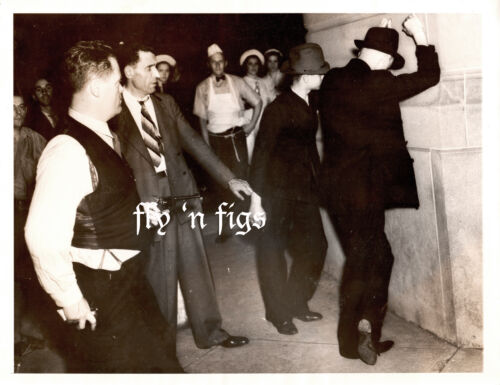 1937 original press photo ~  POLICE ARREST YOUNG MEN CAR THEFT ~ CLEVELAND, OH