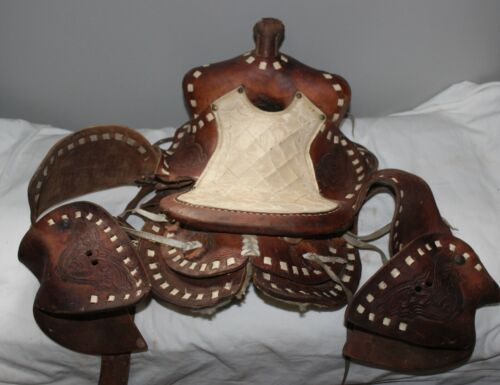 VINTAGE LEATHER TOOLED BUCK STITCHED CHILDREN