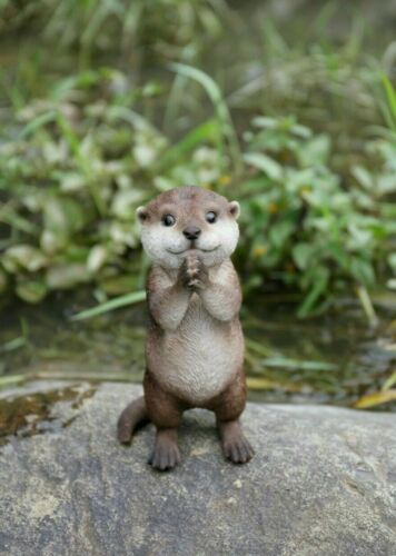 Otter Figurine Praying Resin Ornament Statue  New 7.4 inches high Animal Figure