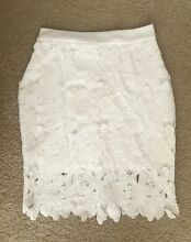 White Floral Skirt Pakenham Cardinia Area Preview