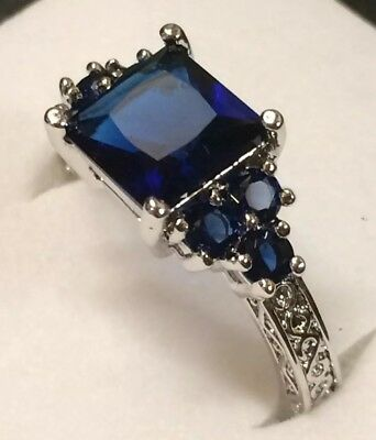 AD279 Art Deco / Vintage 10kt White Gold Blue Sapphire Scroll Claw Ring Size R